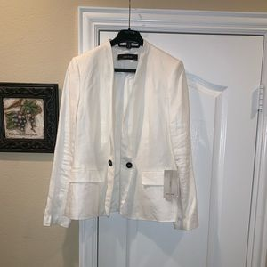 New Zara White Blazer with black buttons size M